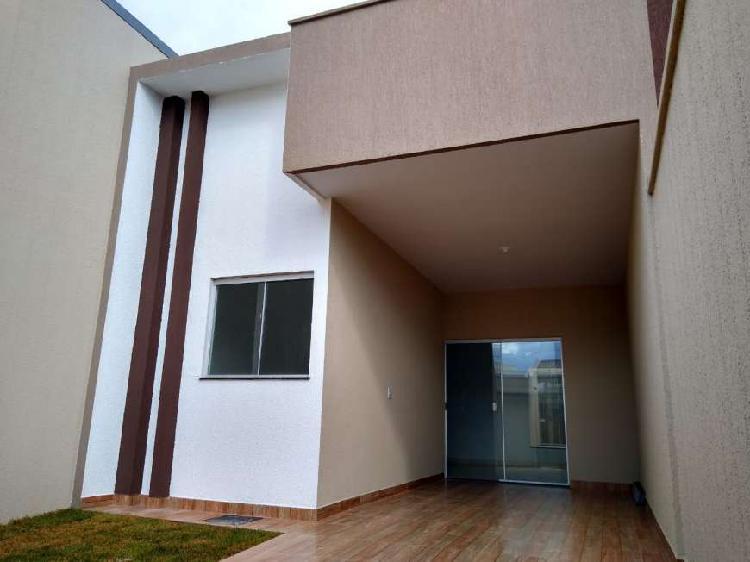 Casa para venda tem 90 metros quadrados com 2 quartos em