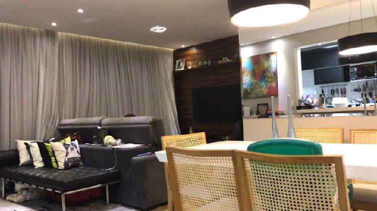 Excelente apartamento repleto de Armários - 3 dormitórios