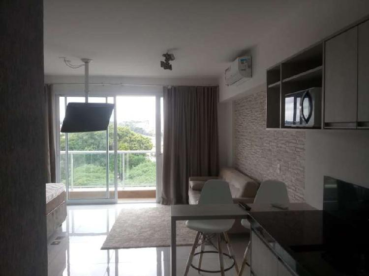 Flat para aluguel possui 41 metros quadrados com 1 quarto em
