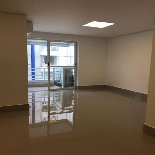 Apartamento a venda - 3 dormitórios - prox. metrô