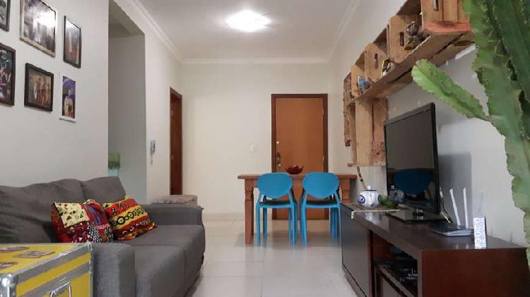 Apartamento mobiliado de 2 qts de frente para ufmg com 60m²
