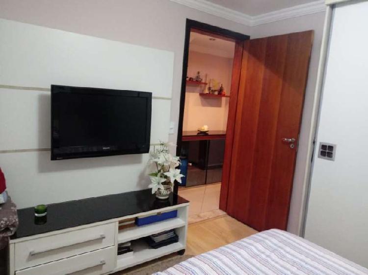 Apartamento á venda com 55 mts e 2 dormitórios em Santo