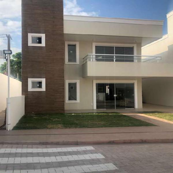 Casa de condomínio fechado no alto do calhau/ 3 ou 4 suites
