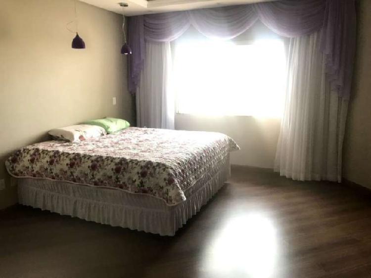 Casa com 200 m² com 3 quartos no jd. italia - oficinas -