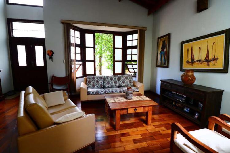 Casa de condomínio para venda com 139 metros quadrados com