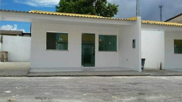 Casa linda, muito confortável com grande área lateral