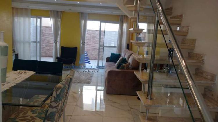 Linda casa no Terrara - 606
