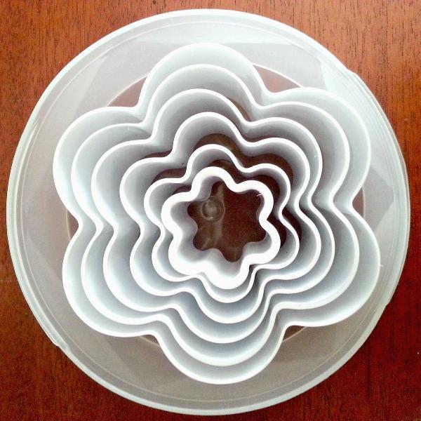 Moldes em formato de flor