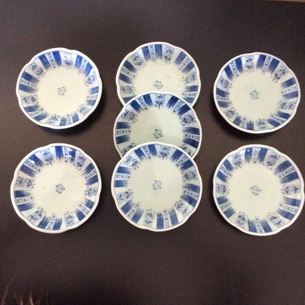 Pires de porcelana japonês