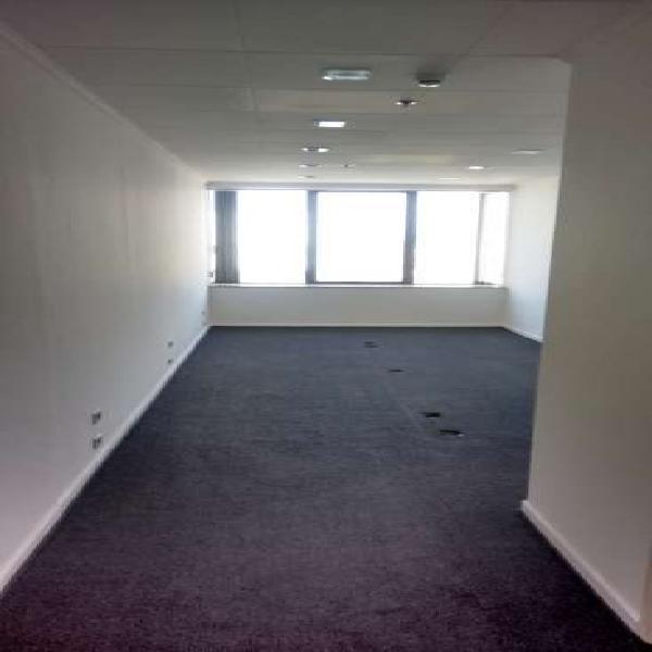 Sala comercial de 27m², av. brig. faria lima, próx.