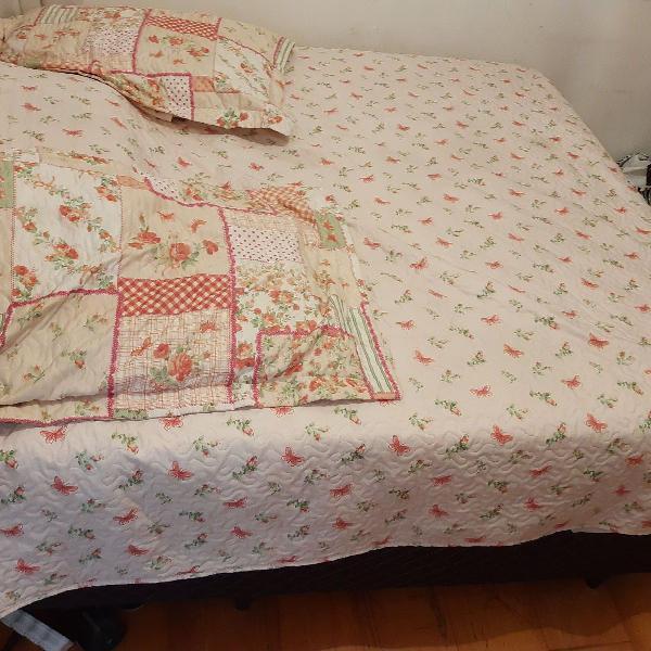 Box para cama casal semi novo
