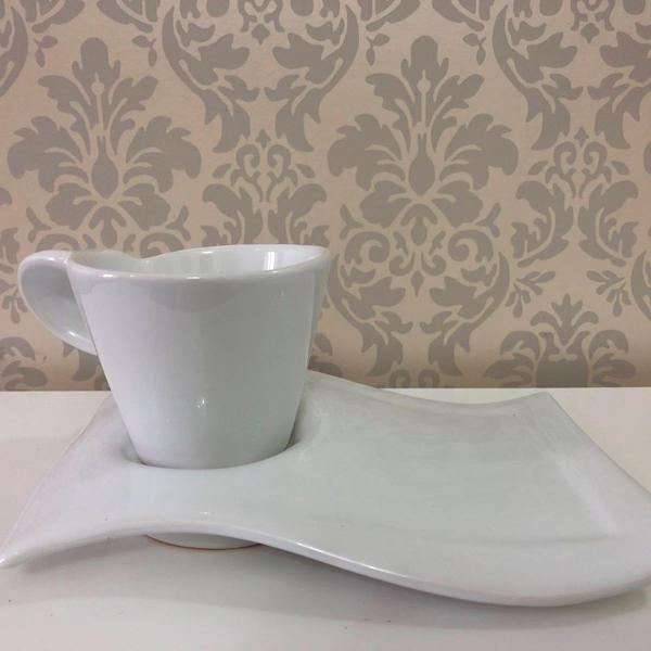 Xícara chá com pires retangular liso
