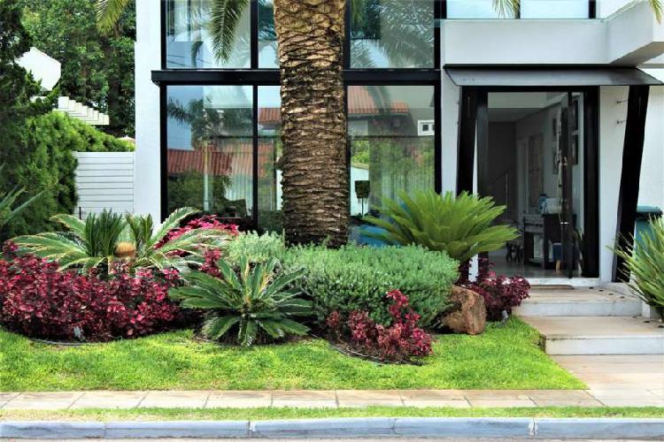 PORTO CORONADO - OPORTUNIDADE 5 suites, semi-mobiliado,