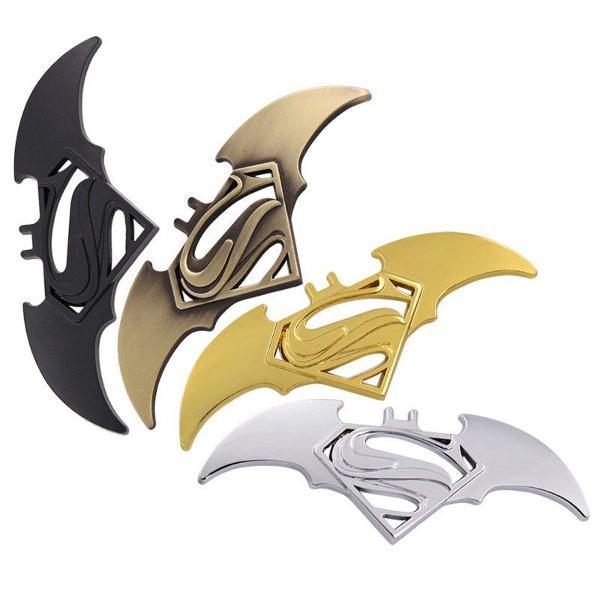 Emblema adesivo batman 3d metal superman x batman
