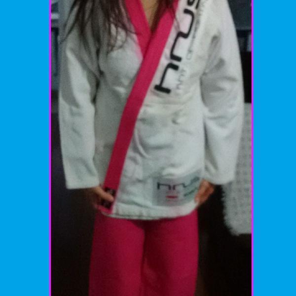 Kimono feminino trançado jiu jitsu a1