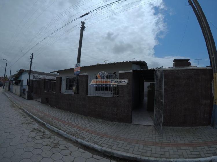 Adriano carpes imóveis, vende terreno com 02 casas, centro-