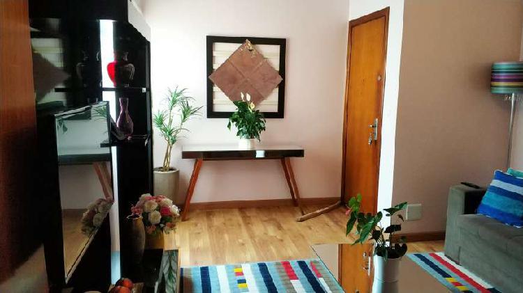 Apartamento 2 dormitórios todo mobiliado no monte alegre