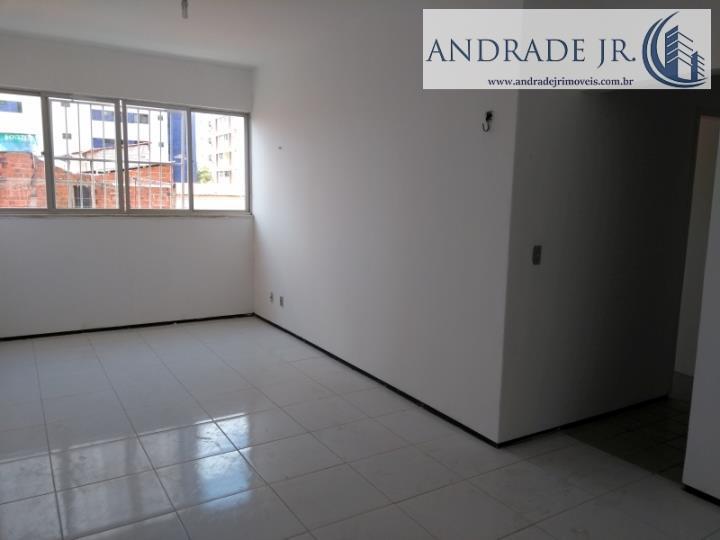 Apartamento de 74 metros quadrados no bairro Papicu com 3