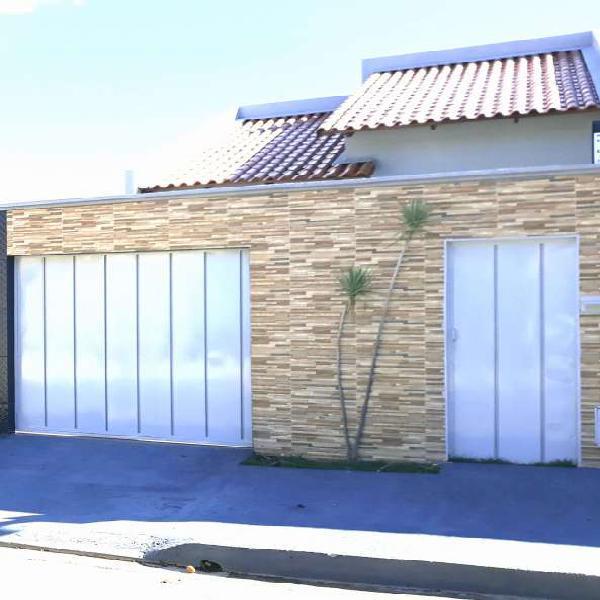 Casa para venda com 95 metros quadrados com 3 quartos