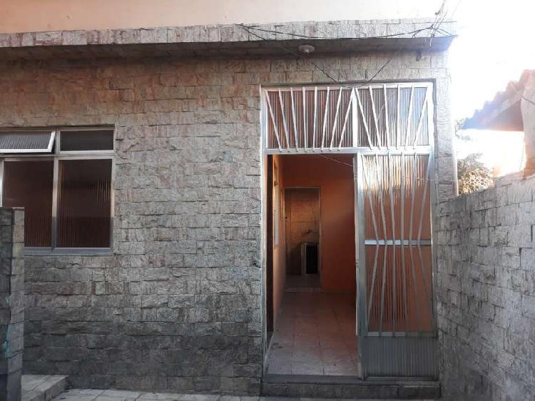 Excelente casa independente com garagem em coelho neto por