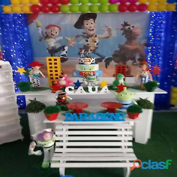 Arco iris salão e decoração de festa infantil