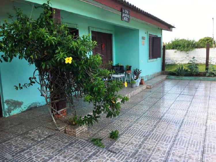 casa perto Assun 04 dormitorios, garagem, churrasqueira. -
