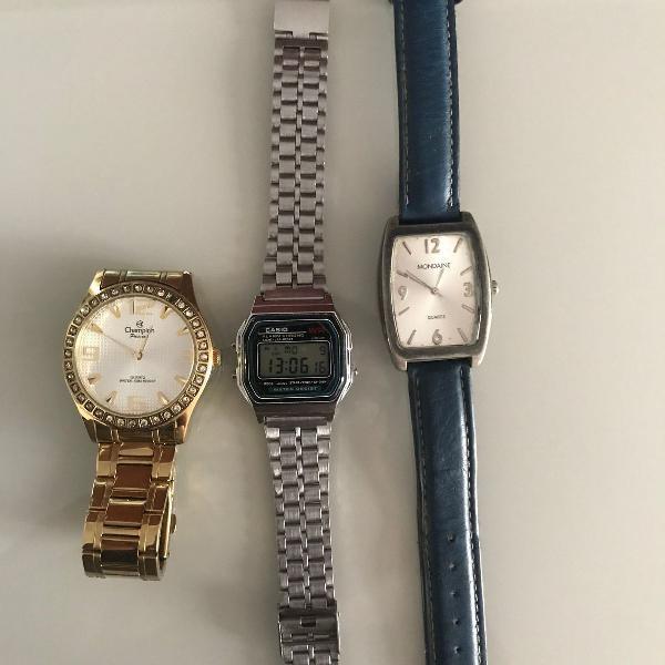 Kit com três relógios de pulso
