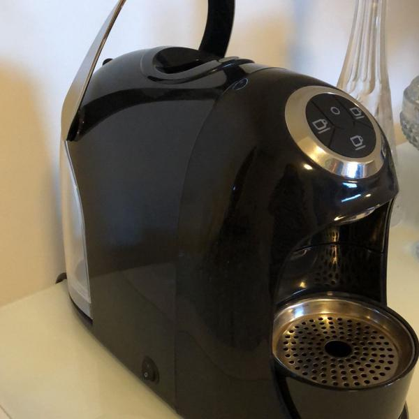 máquina de café tres 127v