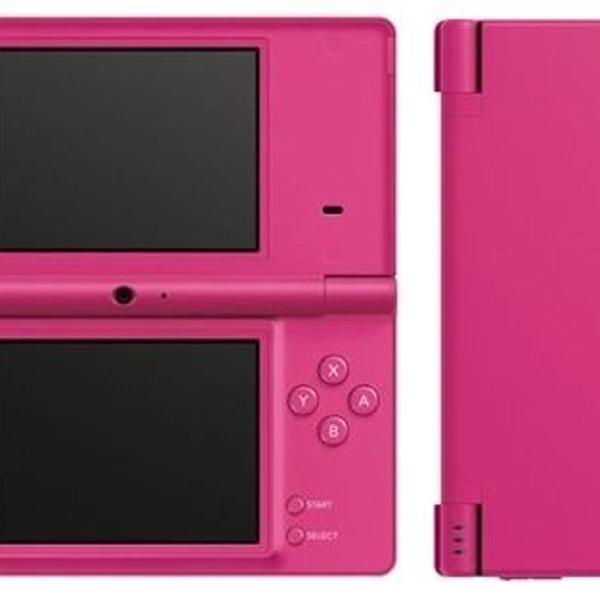 Nintendo ds com case protetora e dois jogos