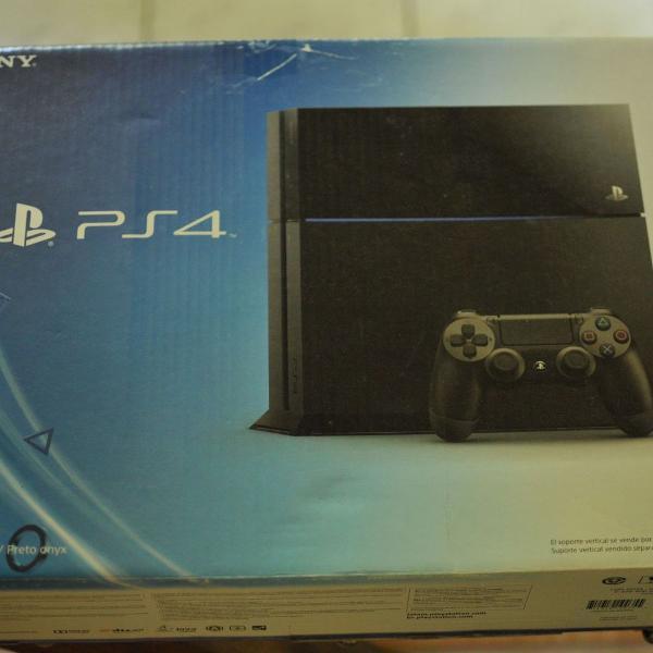 Playstation 4 500gb + 1 controle + 8 jogos + acessórios