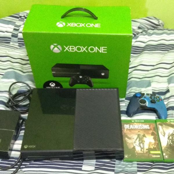 Xbox one 500gb com 2 jogos