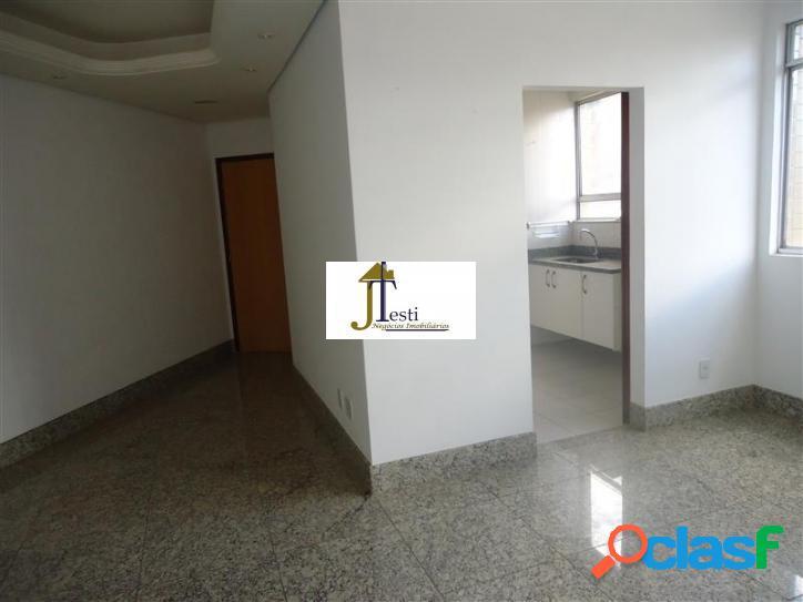 Excelente apartamento 3 quartos 2 vagas, 1 lance de escada - ótima localização no palmares