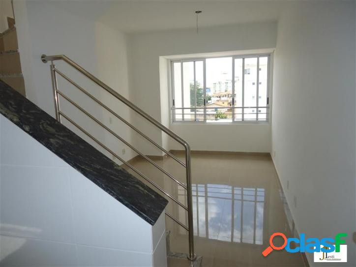 Cobertura duplex, nova, duas salas, suite, elevador, fino acabamento - bairro palmares