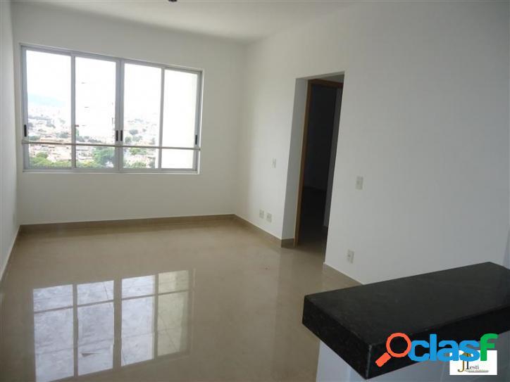 Excelente apartamento 2 quartos, suíte, 2 vagas, elevador excelente padrão de acabamento - b. palmares