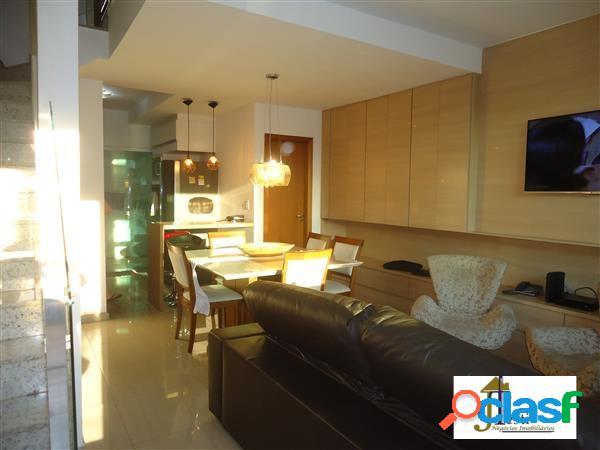 Casa com excelente padrão de acabamento, 3 qtºs, 3 vagas - b. renascença