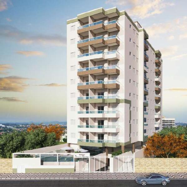 Apartamento de 2 dormitórios à 200 metros - praia grande -