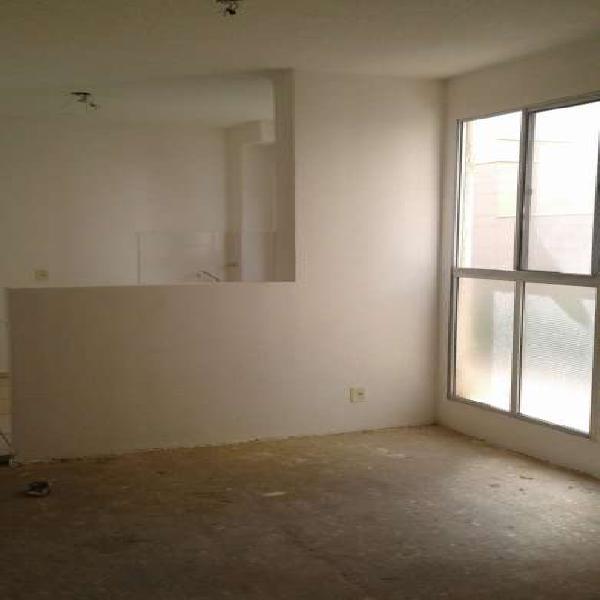 Apartamento de 42m² com 2 dormitórios, sala, cozinha,