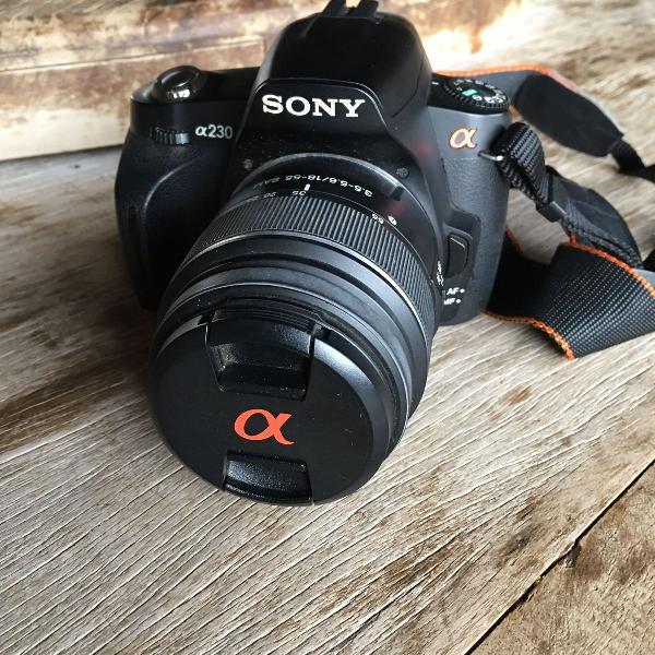 Câmera sony a230