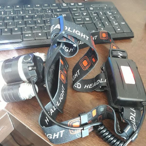 Lanterna tática de cabeça com zoom profissional