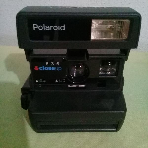 maquina fotográfica polaroid 636 closeup