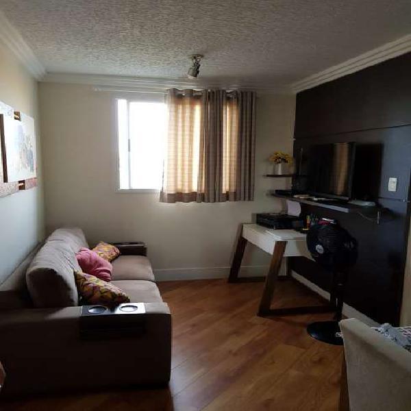Apartamento a venda de 2 dormitórios na vila alpina