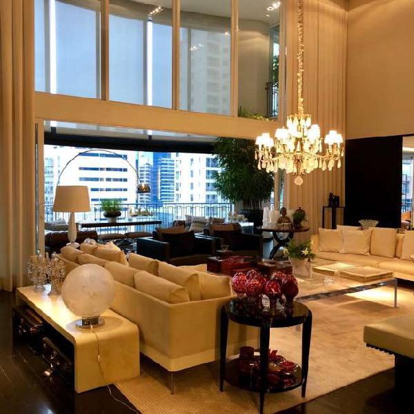 Apartamento com 4 quartos à venda, 666 m² no itaim nobre