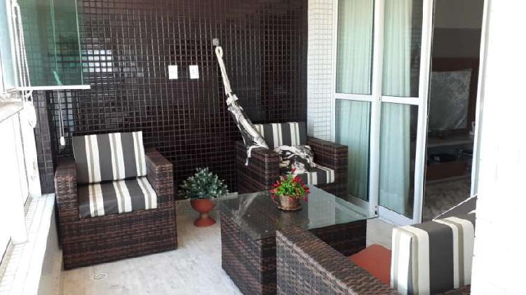 Apartamento na atalaia ( mansão edith piaf )