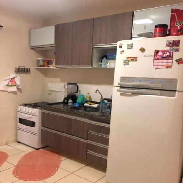 Casa no condomínio rio manso com 02 dormitórios