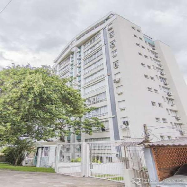 Apartamento com 1 quarto e 2 vagas em Petrópolis - Porto
