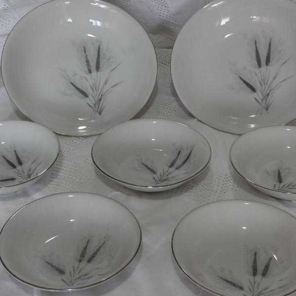 Bavaria porcelana forest silver wheat.