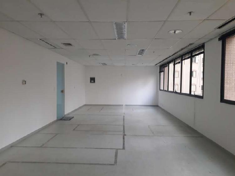 Conjunto 81 m², 2 vagas na vila olímpia