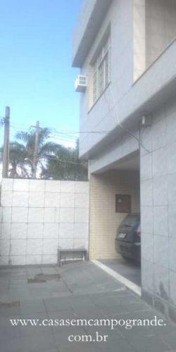 RJ – Campo Grande – Centro – Casa Duplex 4 Quartos/1