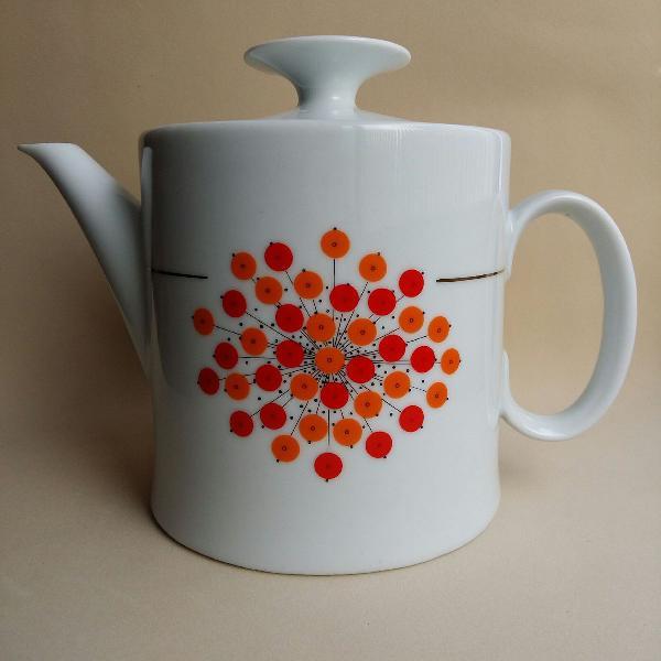 Bule de chá em porcelana renner