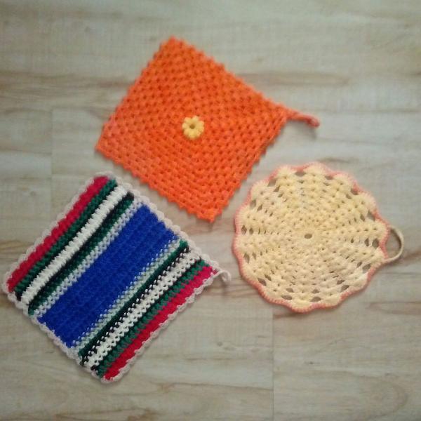 Pega panela em crochê 3 peças